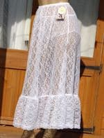 EXQUISITE ALL LACE PETTICOAT . SIZE:- UK - LARGE  USA - 7